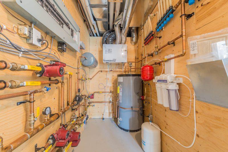 Luxury kitchen and bathroom plumbing fixtures - Oxford ...